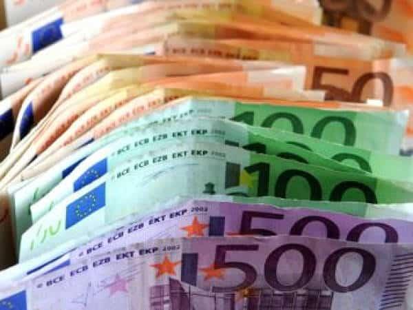 Covid fase 2 Banconote Regione Molise