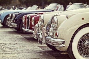 automobili d'epoca in mostra