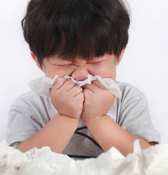 Ecco come fare soluzione salina per prevenire il contagio da Coronavirus