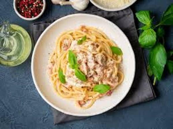 Carbonara Vegana, ecco come preparare un piatto originale che fa bene alla salute