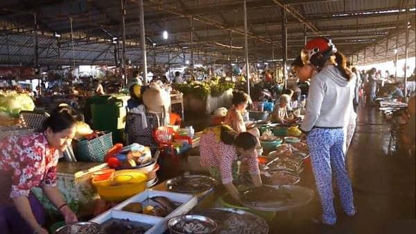 Wuhan chiude wet market. Stavolta la Cina fa sul serio