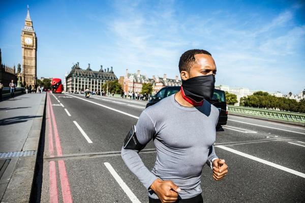 correre in mascherina i rischi per la salute