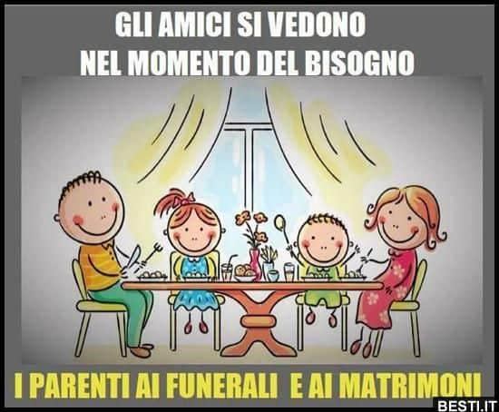 Covid escalation Molise 50 casi tra i rom del famoso funerale. Niente hotel per loro, controllati a casa. 3 in ospedale