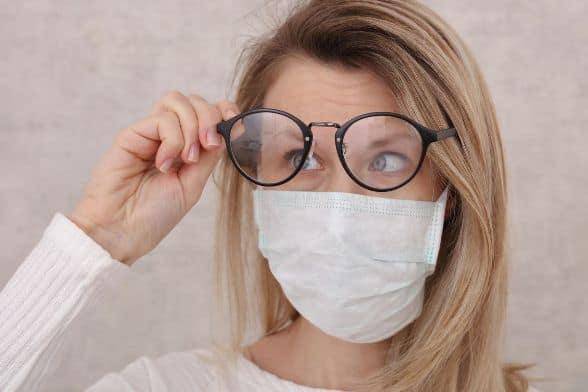 mascherine e occhiali trucchi per non farli appannare