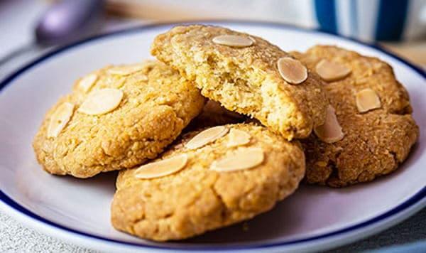 Cookies vegani alle mandorle. Ricetta gustosa e facile da preparare