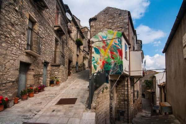Il turismo riparte dai borghi. Foto Civitacampomarano