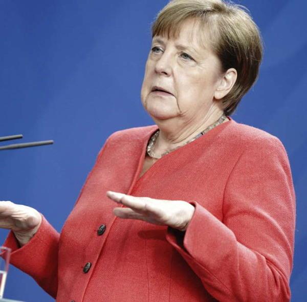 Lockdown parziale in Germania fino a Natale. Angela Merkel, ha presentato le nuove misure il divieto di contatto verrà ammorbidito e si consentiranno incontri fino a 10 persone. Berlino spinge perché l'Ue vieti le vacanze sciistiche fino al 10 gennaio