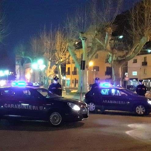 Violenta rissa a Bojano, davanti bar in piazza Roma. 6 denunciati dai Carabinieri. Hanno tra i 22 e i 41 anni