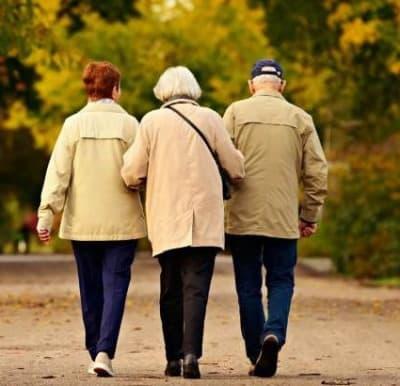 Italia sempre più vecchia. L'età media per gli Italiani sale a 45 anni
