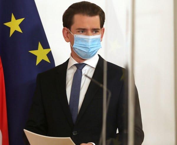 Lockdown stretto in Austria. Per il Paese si tratta del terzo lockdown a seguito della pandemia di Covid-19. Le scuole dal 7 al 15 gennaio non saranno in presenza