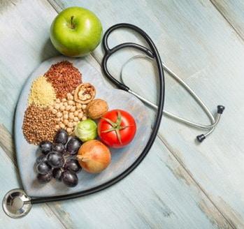 Alimentazione vegetale contro le malattie degenerative: al via i corsi per professionisti della nutrizione
