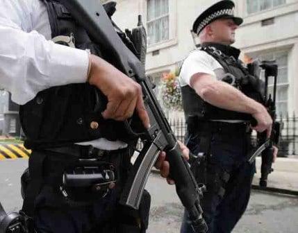 Allarme terrorismo elezioni politiche Gran Bretagna: May, Corbyn e Sturgeon i candidati
