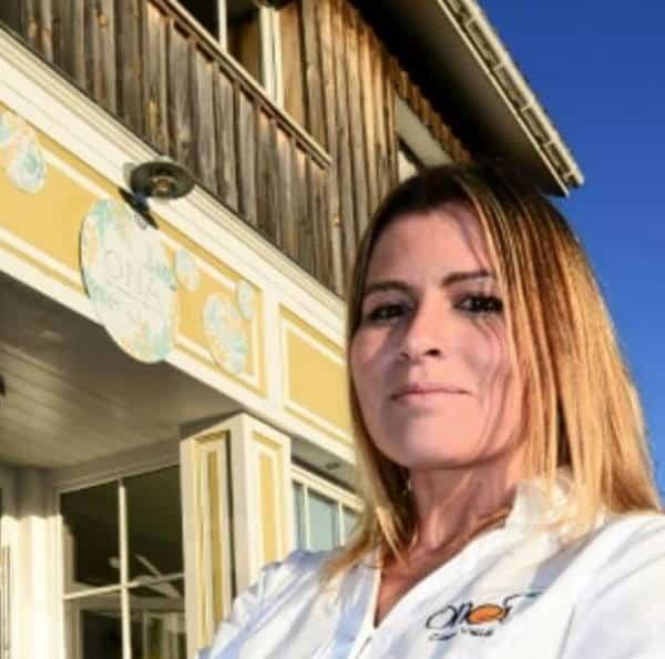 Stella Michelin ristorante vegano che si trova nella città di Arès vicino Bordeaux ed è gestito dalla chef Claire Vallèe