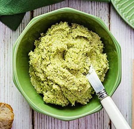 Hummus di broccoli vegano. Ecco la ricetta