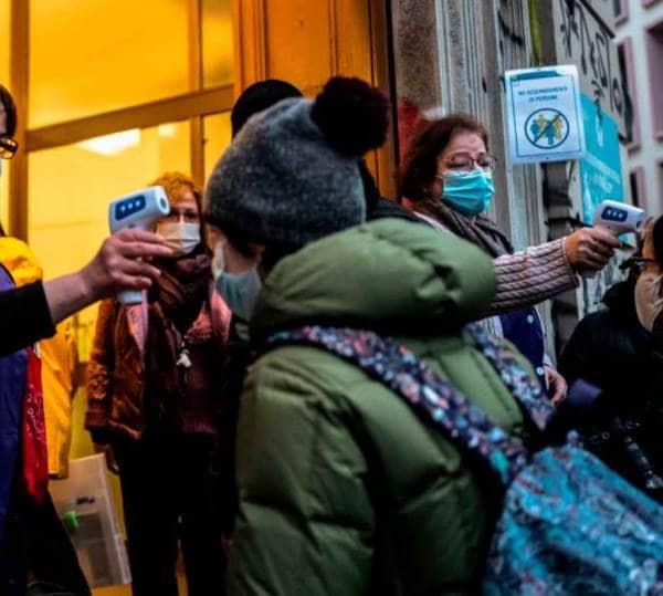 Contagi Covid scuola Campania emersi 29 focolai nelle scuole negli ultimi sette giorni, quadruplicati rispetto all'ultima settimana di gennaio