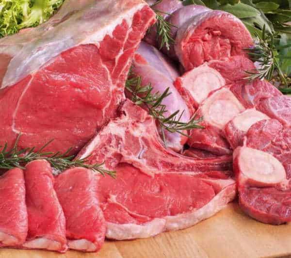 UE sconsiglia carne rossa favorisce cancro. Bruxelles per prevenire il cancro, oltre ai consumi alimentari mette sullo stesso piano tabacco, alcolici e ritiene vadano contrastati