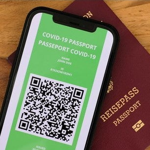 Green Pass come ottenerlo in Italia attraverso dei certificati che vengono richiesti e rilasciati ai cittadini. Il certificato verde può essere sia cartaceo che digitale