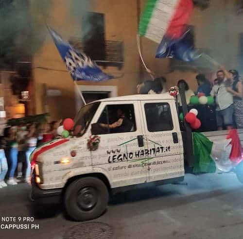 Bojano festeggia vittoria Italia campionato Euro2020
