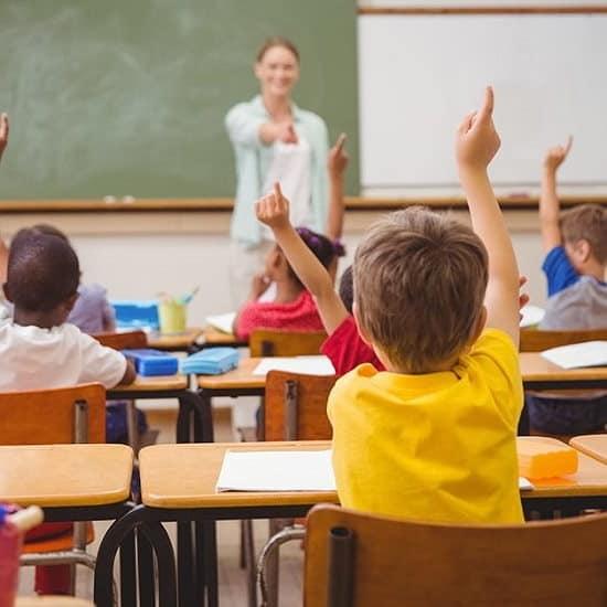 No vaccino riapertura scuole, si a distanziamento e mascherine
