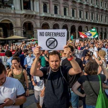 100 avvocati contro Greenpass. La diffida legale a Mario Draghi