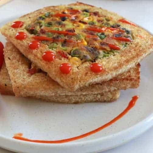 Toast con frittata senza uova