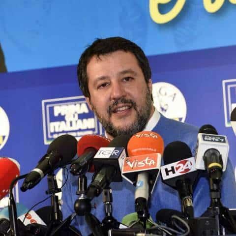 Retroscena CdM ministri ribelli. Salvini dichiara guerra a Draghi. 30 minuti per decidere le sorti degli italiani