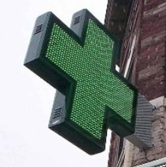 Farmacie assaltate per Greenpass provvisorio. Tutto esaurito per i tamponi dal 15 ottobre. Il caso di Aosta
